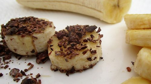 Banana with cacao nibs